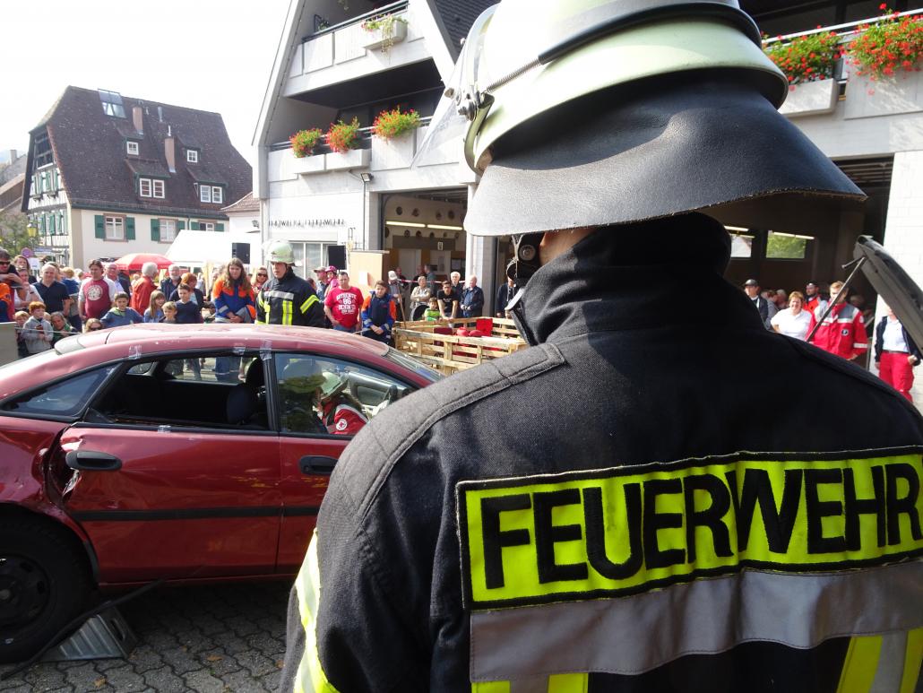 Symbolbild_Feuerwehrmann_Tag der offnen Tür